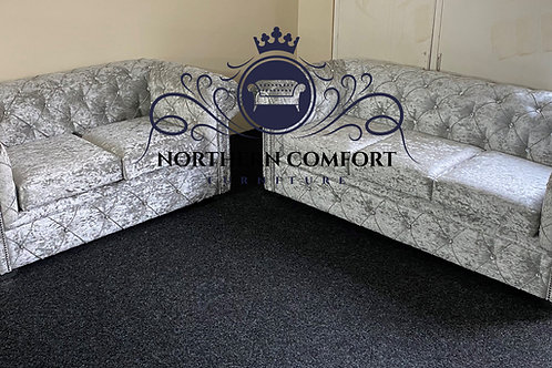Chesterfield 3 + 2 in Silver Crushed Velvet