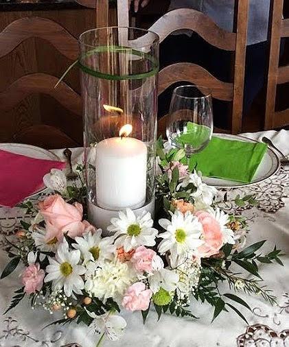 Spring candle arragement