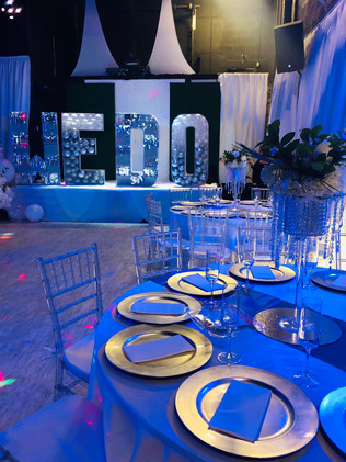 Blue and white table decoration wedding venue