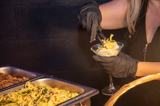 catering service free-food-bar