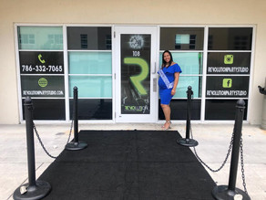 Pregnant girl celebrating baby shower event venue in Kendall Miami