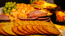 Crackers and snacks catering service