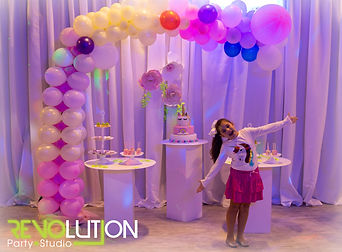 Pink themed kid party venue in Kendall Miami