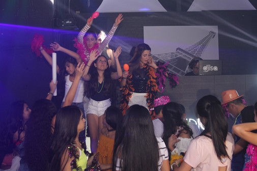 hora loca at teen party in event venue