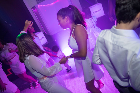 girls dancing at sweet 16 party