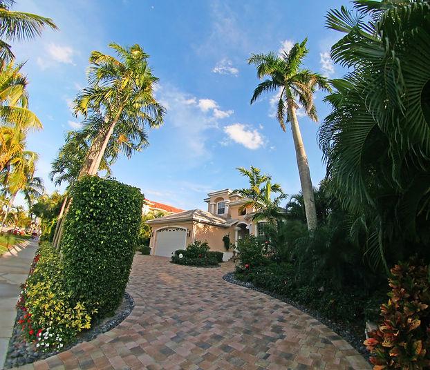 villa-in-florida-usa_zkyN97OO (2).jpg