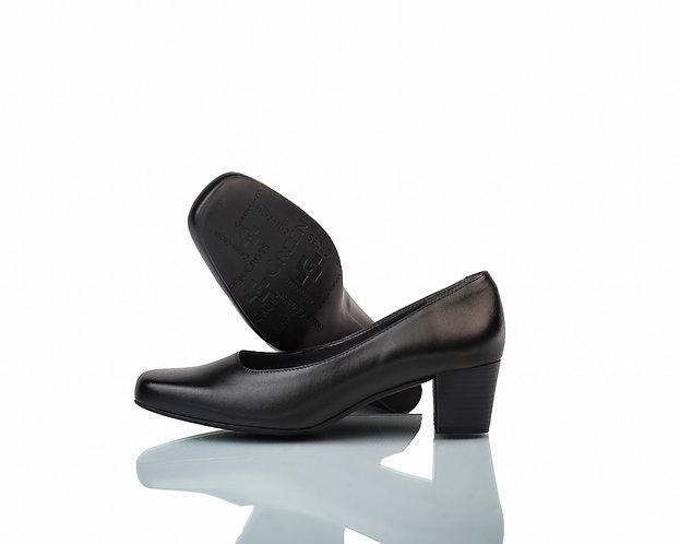 Ladies - Green Cross Court shoe