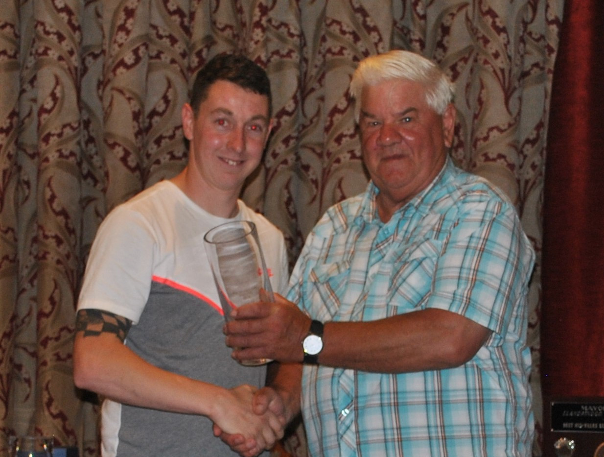 Expert E2 1st Place Shaun Buchan with El