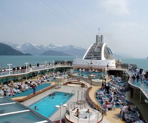 Cruise ship in Glacier Bay National Park