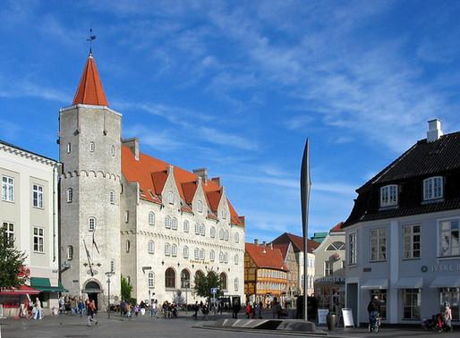 Quick Travel Guide   Aalborg