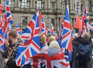 Unionists Rally in George Square; Sturgeon Gets Telt!
