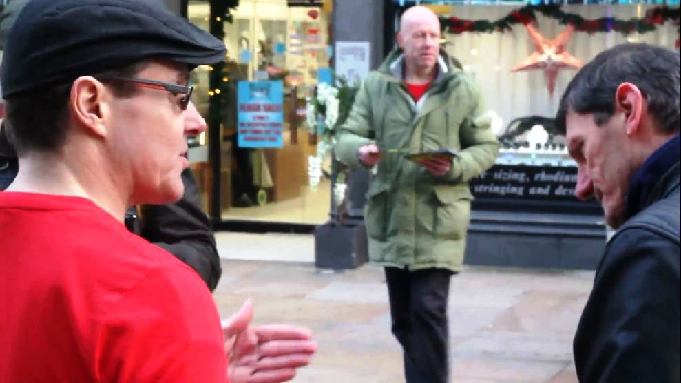 AFFG leafleting and explaining our points of view on Kirkcaldy High Street