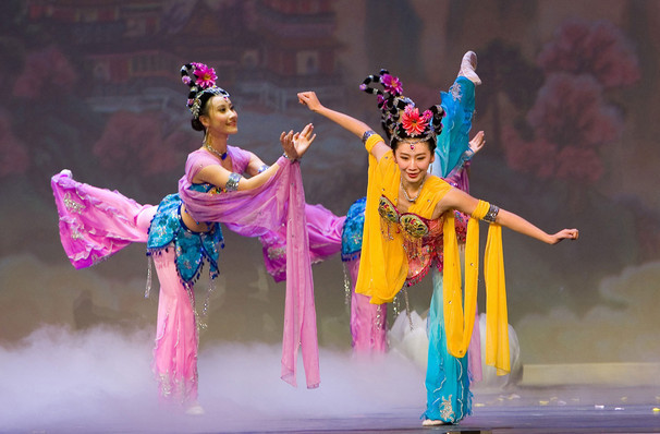 Shen Yun Returns | Christine Ebersole, Piper Laurie & Will Durst come to town