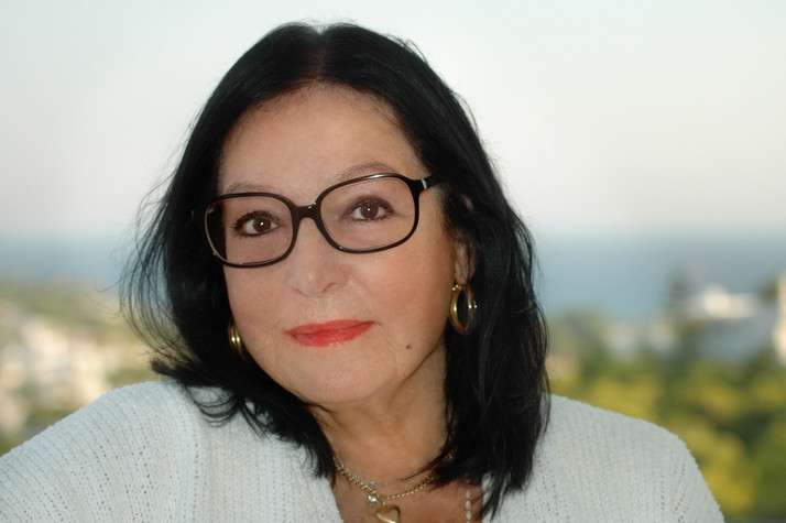 Nana Mouskouri is Forever Young