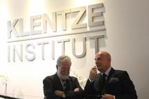 Inauguración del Klentze Institut en la calle Serrano, 28 en Madrid.