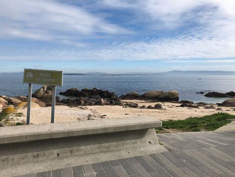 """RIVEIRA - EL TOURO: Primera línea de mar: Apto. 3 dorm. + 2 baños + garaje. """"VIVIR ENCIMA DEL M"""