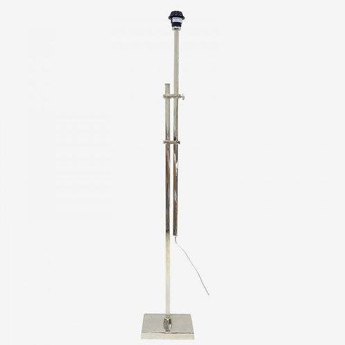 Lámpara de pie extensible plateada