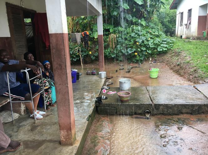 La pluie (C012)
