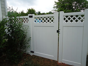 PVC Privacy with Lattice Top.jpg