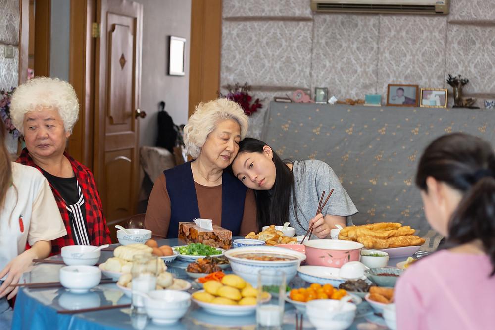 Lu Hong, Zhao Shu Zhen and Awkwafina in Lulu Wang's The Farewell
