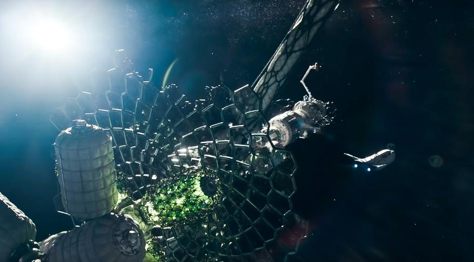 The Midnight Sky wins top Visual Effects Society award