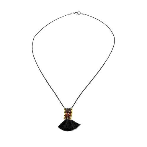 necklace wiri vertical