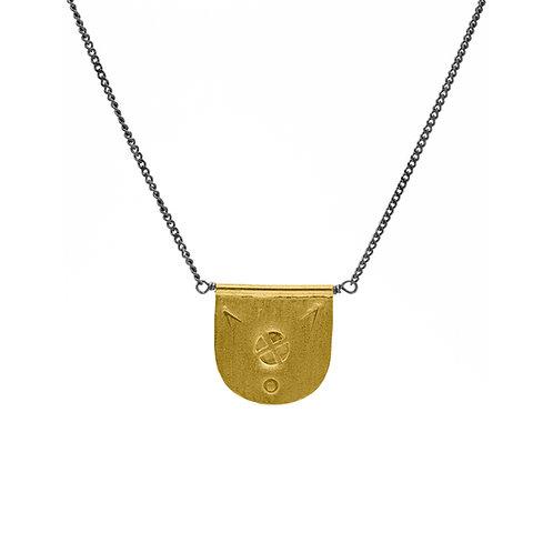 necklace gönül media luna chico
