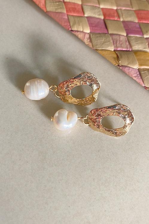 Sangon and Co. | Bulan Earrings