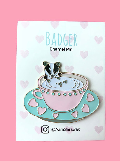 Aara Sarawak | Pins | Badger Pins | Teatime