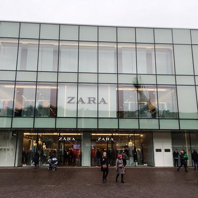 Zara Zaandam