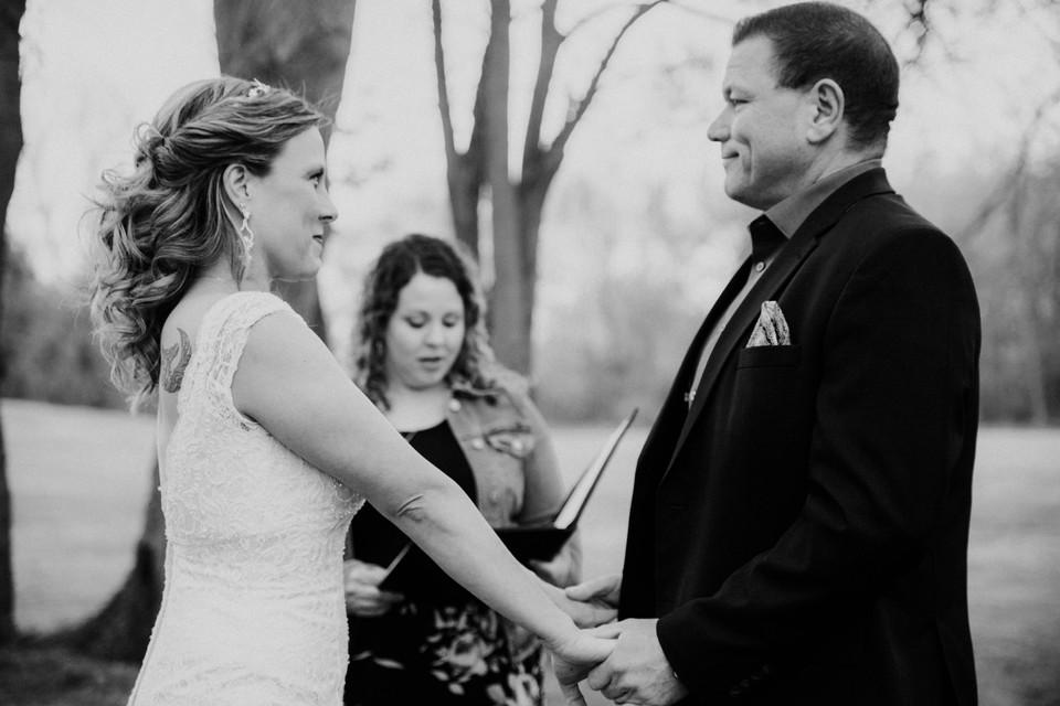 backyard-wedding-in-michigan
