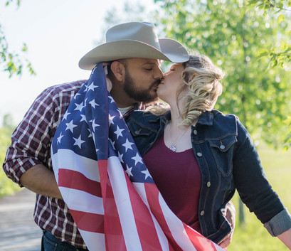american-flag-engagement-session