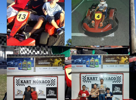 Crianças Pilotando Kart!