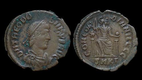 THEODOSIUS I . AD 379-395 . AE3. CONCORDIA AVGG . Ex Clain-Stefanelli Collection