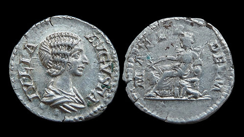 JULIA DOMNA . AD 193-217 . AR Denarius . Beautiful, extremely fine portrait