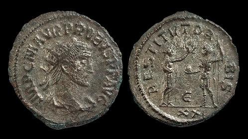 """PROBUS . AD 276-282 . Antoninianus . """"RESTITVT ORBIS"""" . Silvered"""