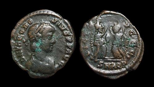 THEODOSIUS I . AD 379-395 . AE4 . Two Victories . *Scarce type*
