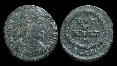 JOVIAN . AD 363-364 . AE3 . Vota in wreath . Siscia