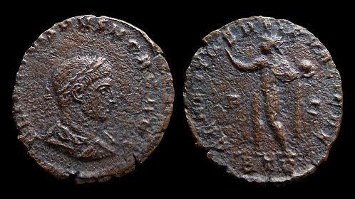 """CRISPUS, Caesar . AD 317-326 . AE3 . """"CLARITAS ('Radiance')"""""""