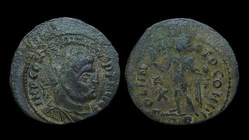 """CONSTANTINE I . AD 306-337 . AE3 . """"SOLI INVICTO COMITI"""" . Rome"""