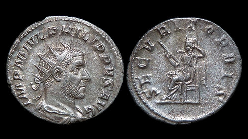 PHILIP THE ARAB . AD 244-249 . AR Antoninianus . *Ex Phil Peck Collection*