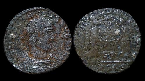 DECENTIUS, Usurper . AD 350-353 . AE2 . Two Victories
