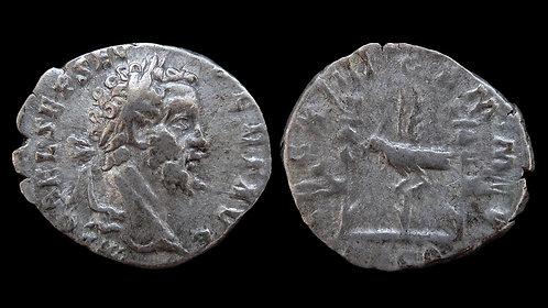 """SEPTIMIUS SEVERUS . AD 193-211 . Denarius . """"Legionary Issue"""""""