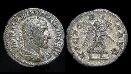 MAXIMINUS THRAX . AD 235-238 . AR Denarius . Victory advancing . *Pedigreed*