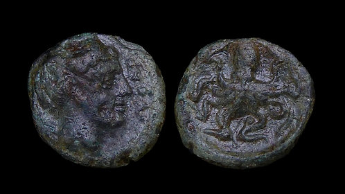 SICILY, Syracuse . Second Democracy,  466-405 BC . AE Onkia . Nymph & Octopus