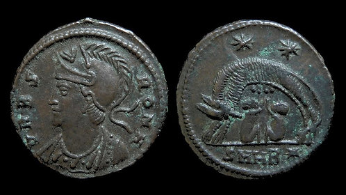 VRBS ROMA, City Commemorative . AD 330-346 . AE3 . Romulus & Remus with She-wolf