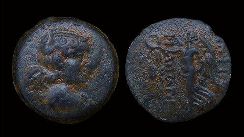 SELEUKID KINGDOM . Antiochos IX Kyzenikos, 114-95 BC . AE18 . Eros / Nike