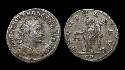 TREBONIANUS GALLUS . AD 251-253 . AR Antoninianus . Aequitas . Scarce
