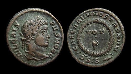 CRISPUS, Caesar . AD 317-326 . AE3 . Vota in wreath . Siscia