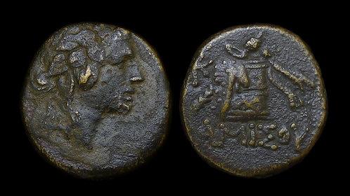 PONTOS, Amisos . Mithradates VI, 120-63 BC . AE21 . Cista mystica and thyrsos